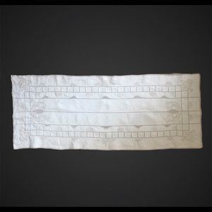 Vintage hand embroidered ivory linen table runner